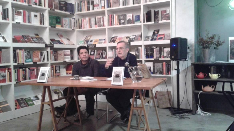 Presentación  de «Nuestro mismo idioma» libro ganador del premio Novela Joven en México. Alejandro Espinosa Fuentes, su autor, en la Ramon Llull (09/02/2017)
