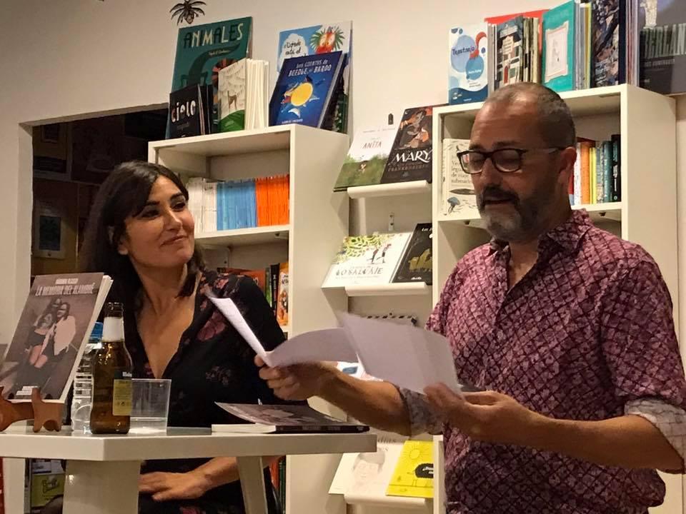 Presentación de «La memoria del alambre» de Bárbara Blasco en la Librería Bartleby (20/10/2018) con Kike Parra