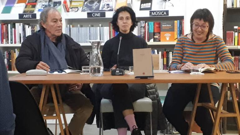 Presentación del poemario «Desdecir» de Eva Hiernaux en Valencia (22/11/2018)