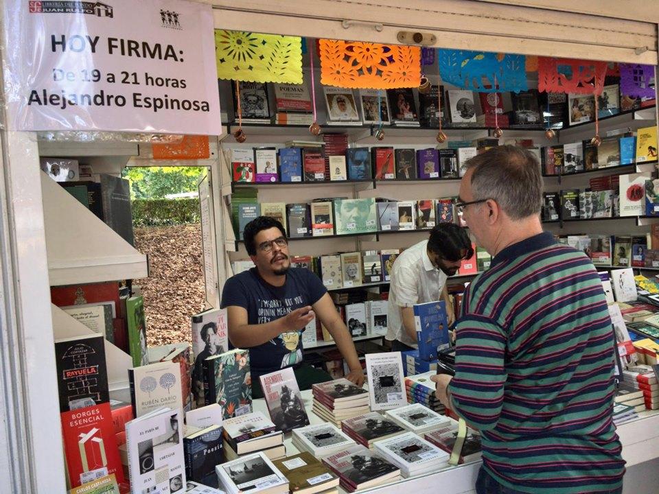 Alejandro Espinosa Fuentes firmó «Agenbite of inwit» en la Feria del Libro de Madrid (02/06/2019)