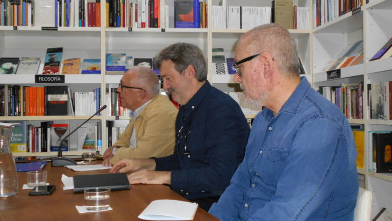 Presentación de «Paisaje de troncos segados» de Francisco F. Meneses en Ramon LLull (09/11/2019)